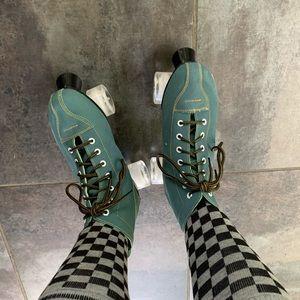 Rollerskates! Womens size 8.5